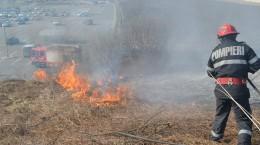 pompieri ISU incendiu vegetatie