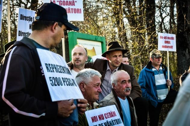 protest vanatori si pescari directia silvica (11)