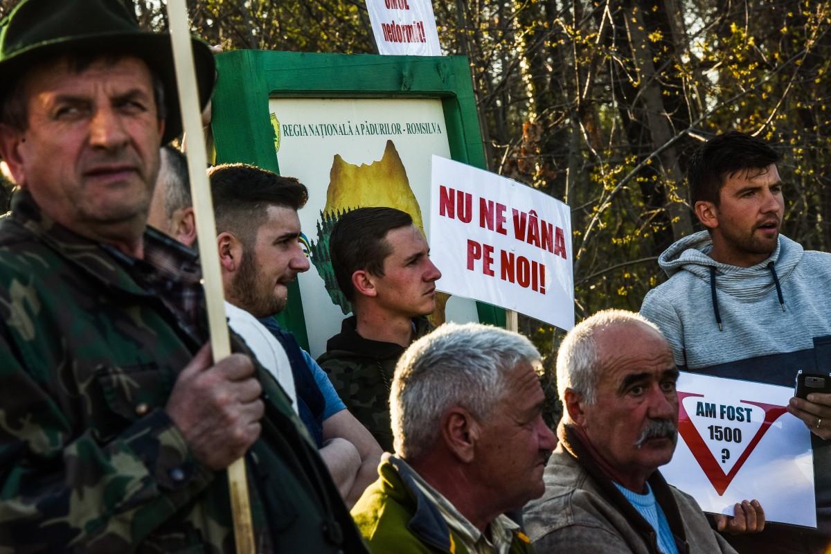 protest vanatori si pescari directia silvica (22)