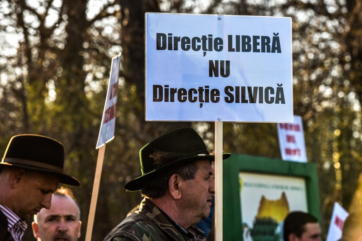 protest vanatori si pescari directia silvica (23)