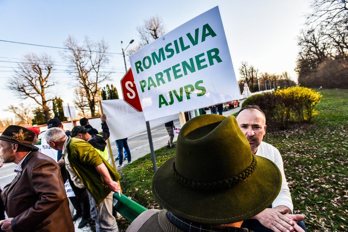 protest vanatori si pescari directia silvica (27)