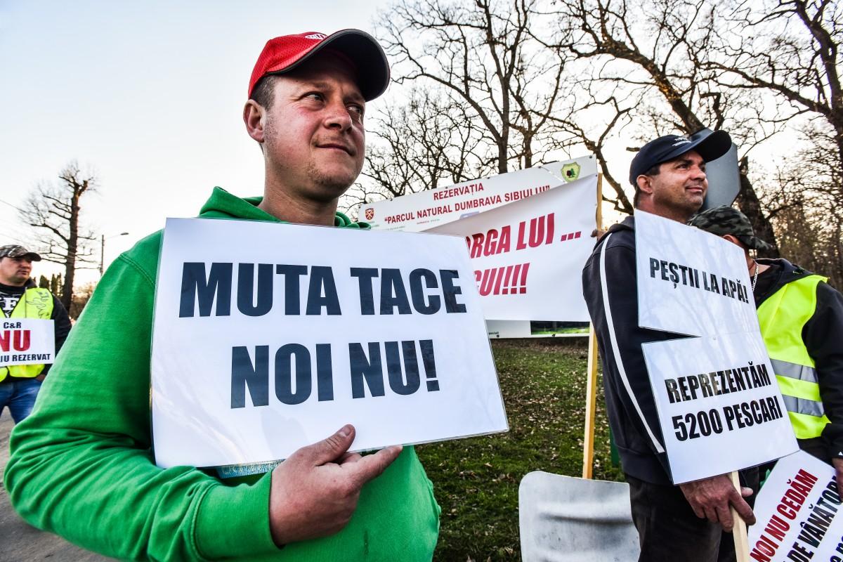 protest vanatori si pescari directia silvica (28)