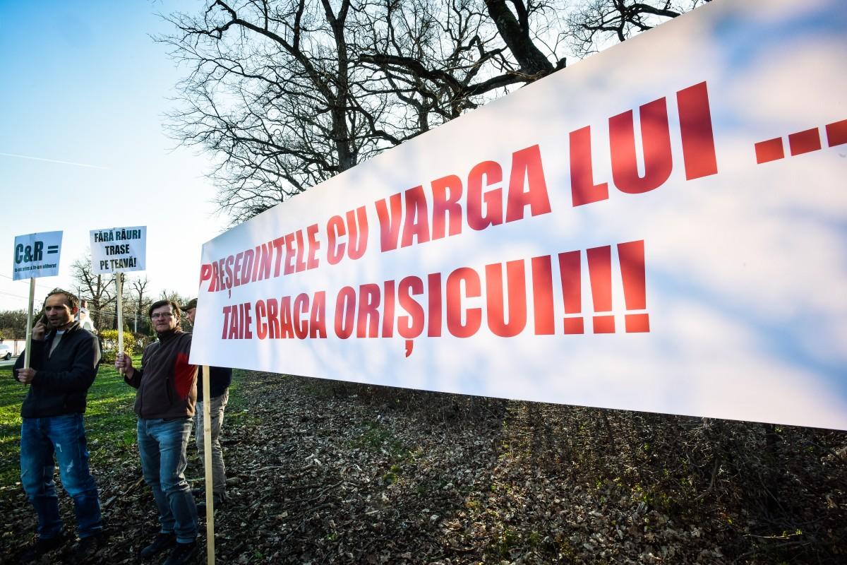 protest vanatori si pescari directia silvica (3)