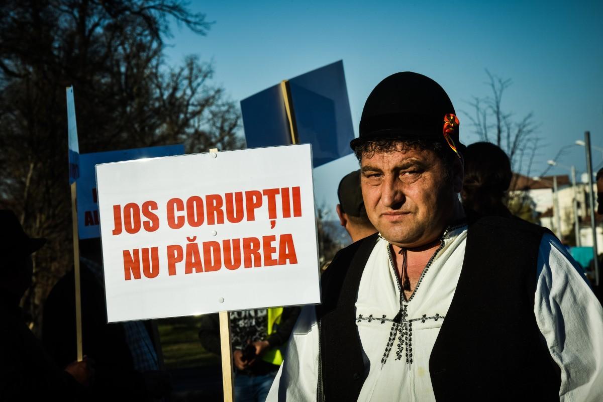 protest vanatori si pescari directia silvica (5)