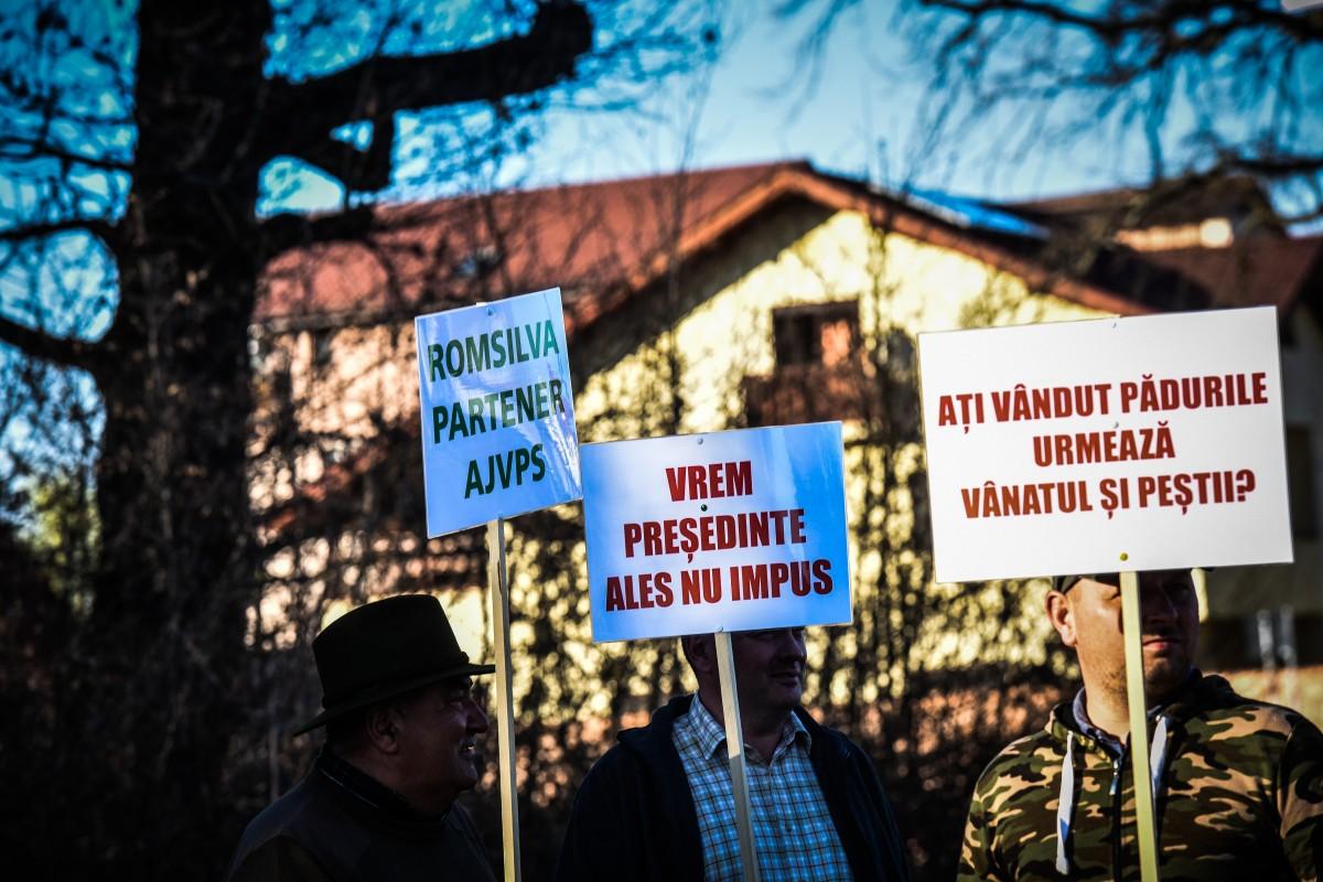 protest vanatori si pescari directia silvica (6)