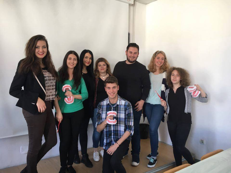 elevi scoala studenti medicina dentara (3)