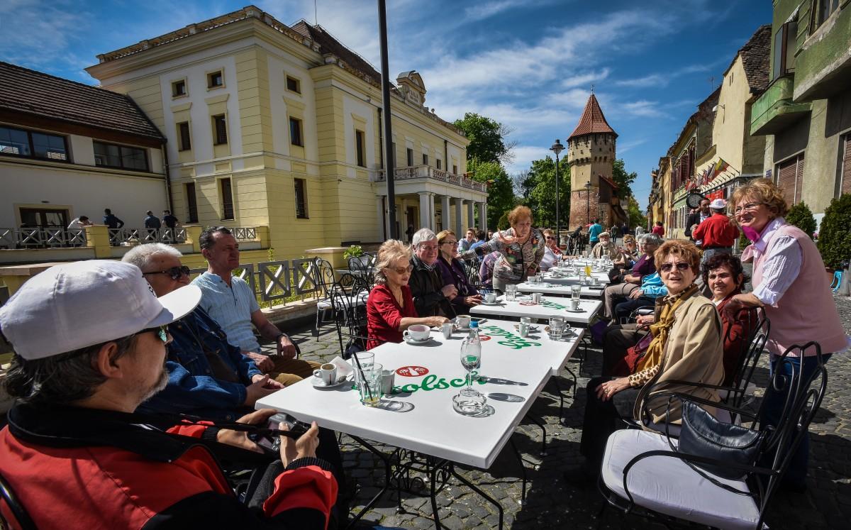 intalnire pensionari (2)