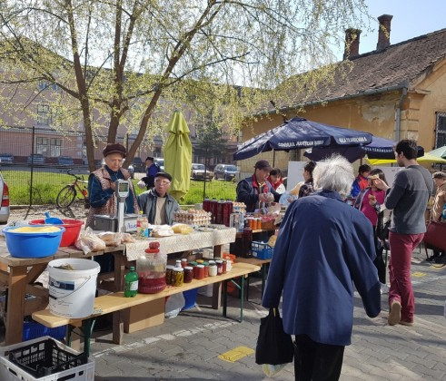 piata taraneasca transilvania 1