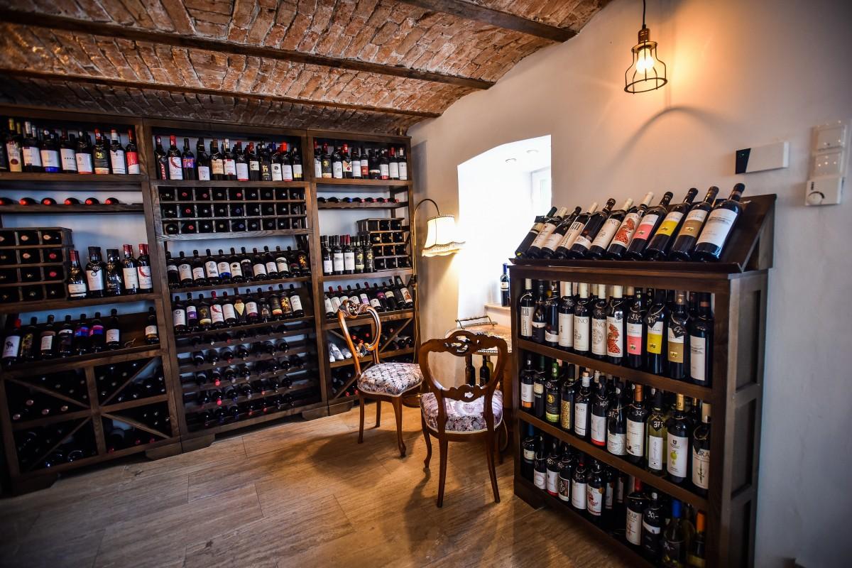 wine not vin vinuri (10)