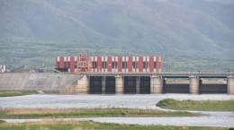Barajul CHE Racovita este golit 1