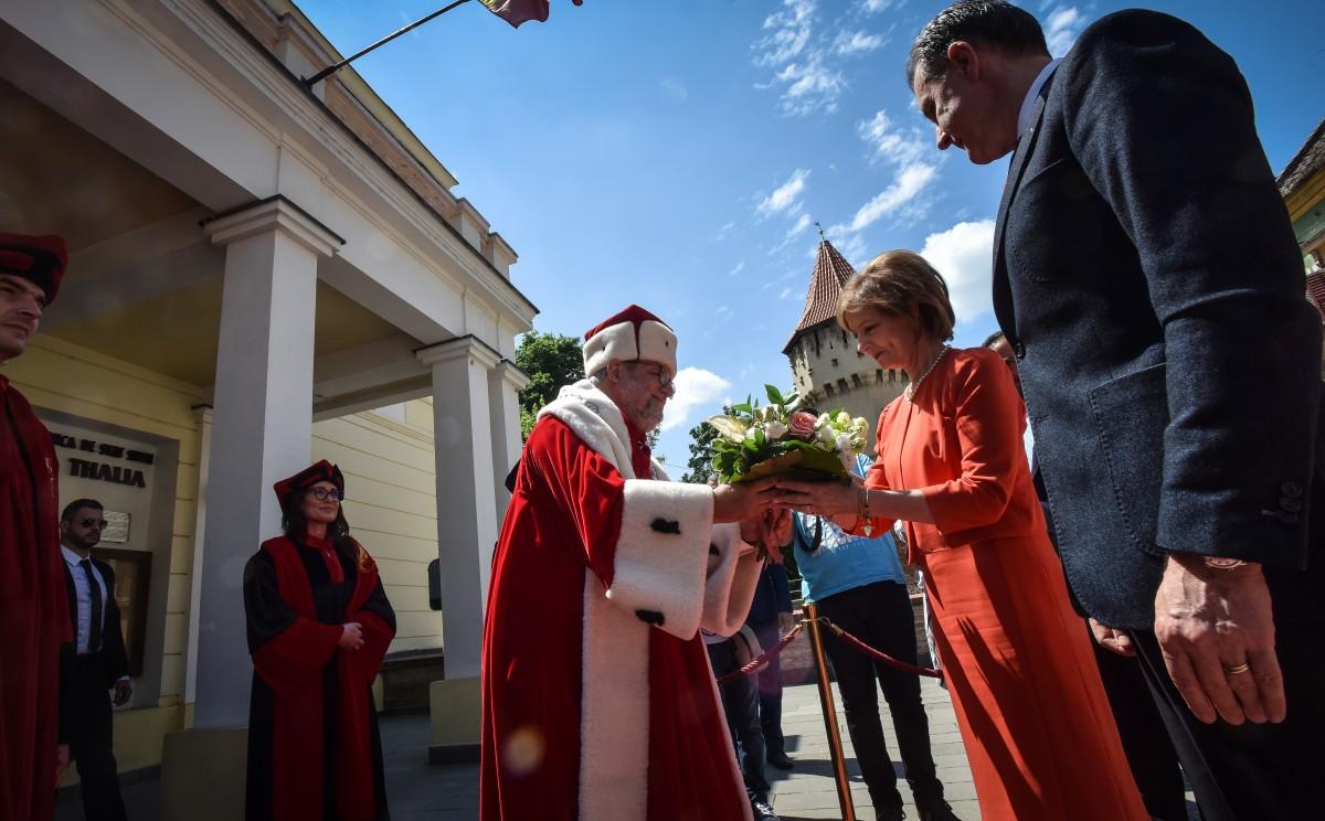 Principesa Margareta si principele radu si Bondrea ULBS