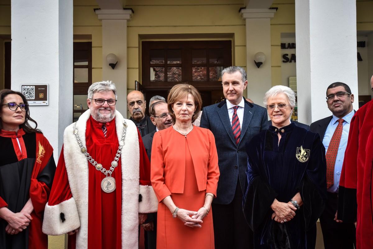 ULBS Principesa Margareta, Principesa Muna, bondrea, principele radu