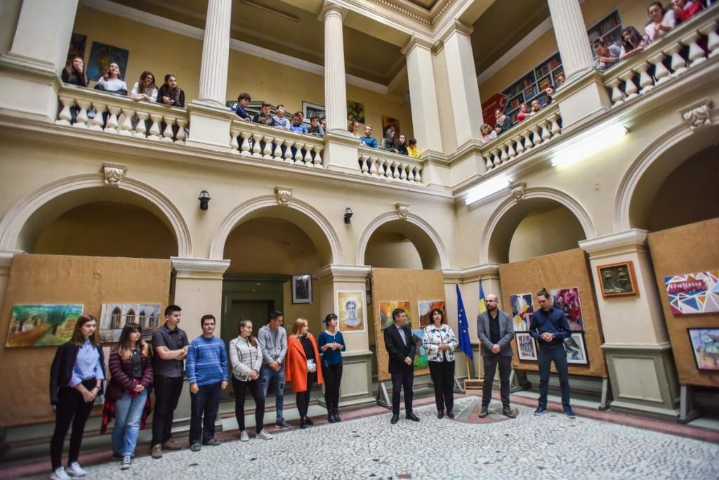 vernisaj expoztie pictura AIOS liceu arte (6)