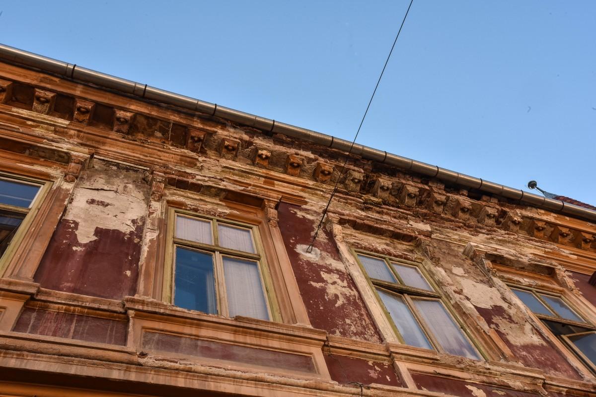 casa strada mitropoliei ziduri prabusite casa darama (6)
