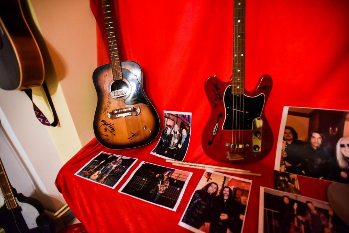 chitari (1)
