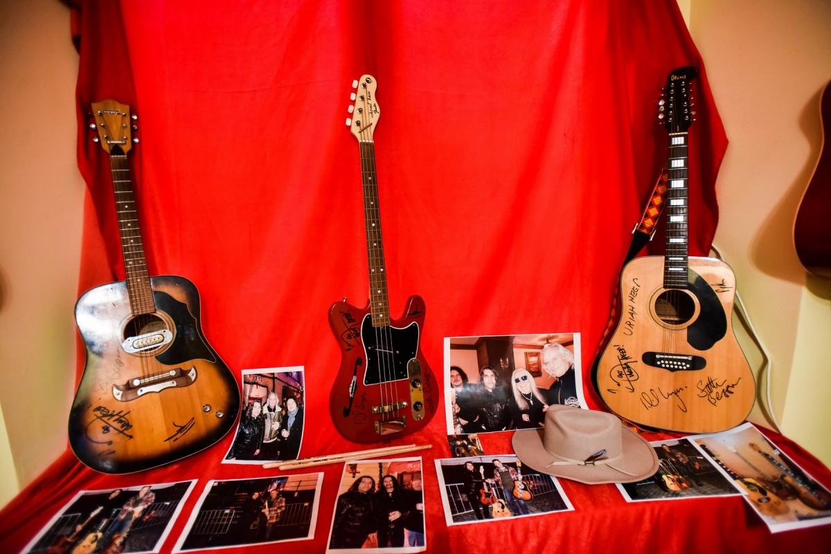 chitari (10)