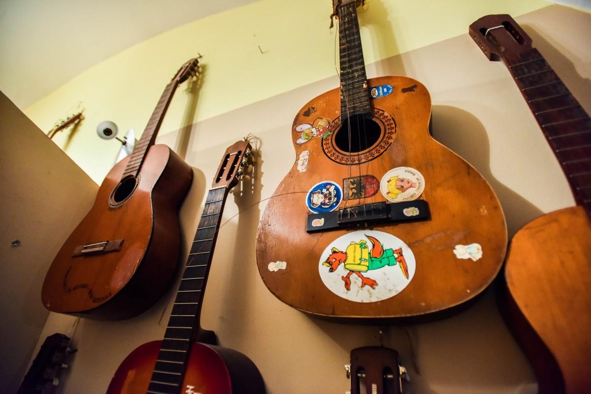 chitari (12)