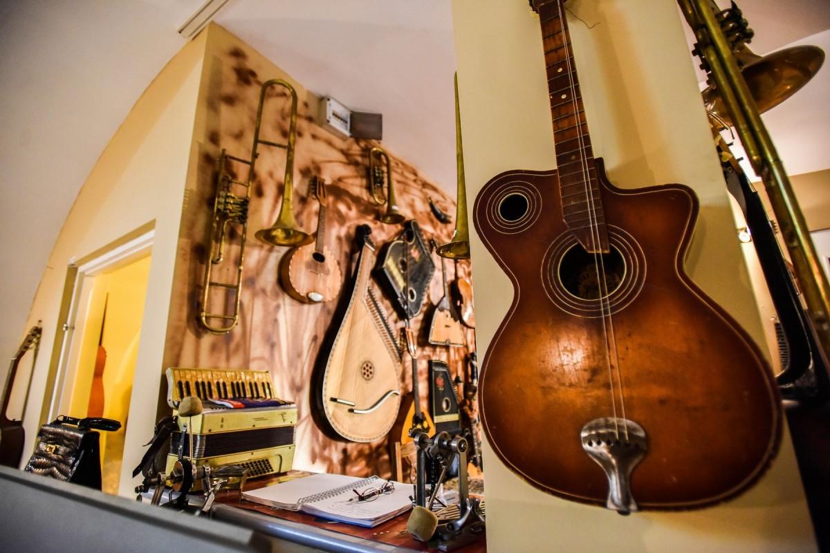 chitari (7)