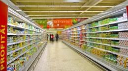 mancare lactate lapte iaurt supermarket magazin produse rafturi mall (1)