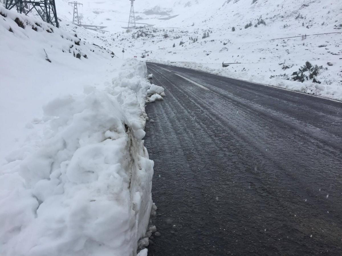 transfagarasan zapada iarna (1)