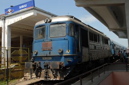 tren gara sibiu