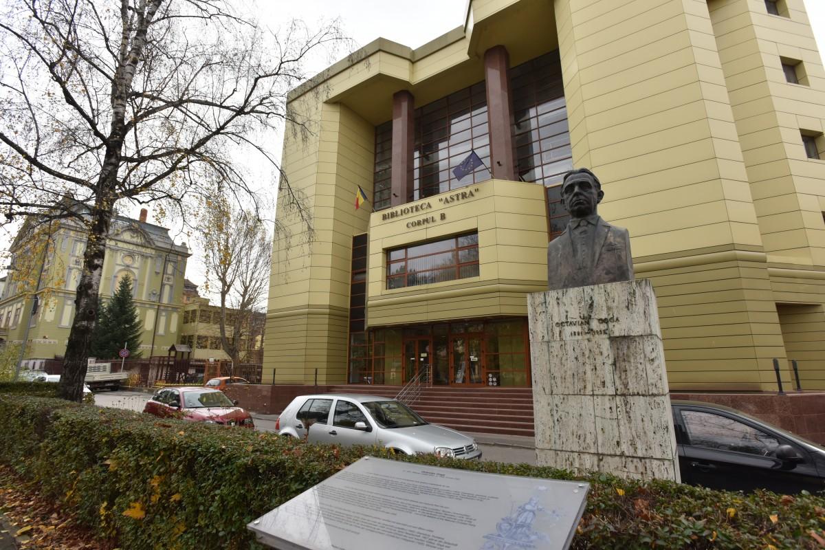biblioteca astra parc bust avram iancu (9)