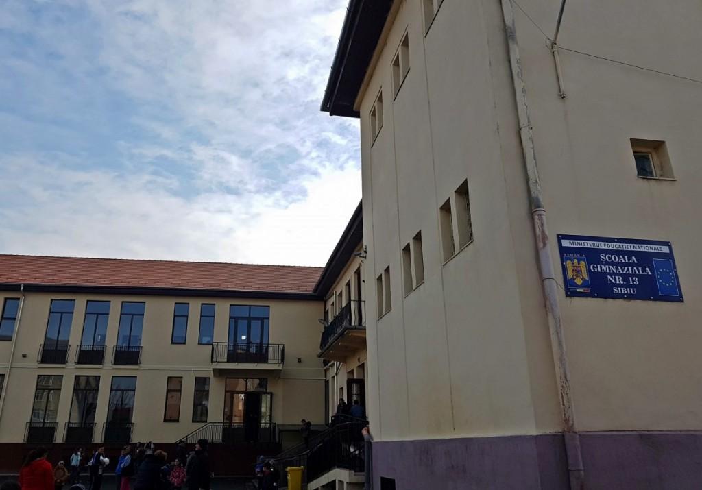 scoala 13