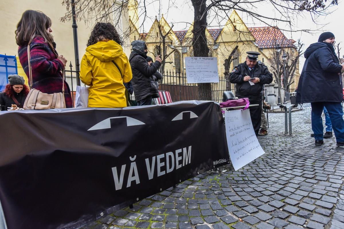 sit in protest sediu PSD (2)