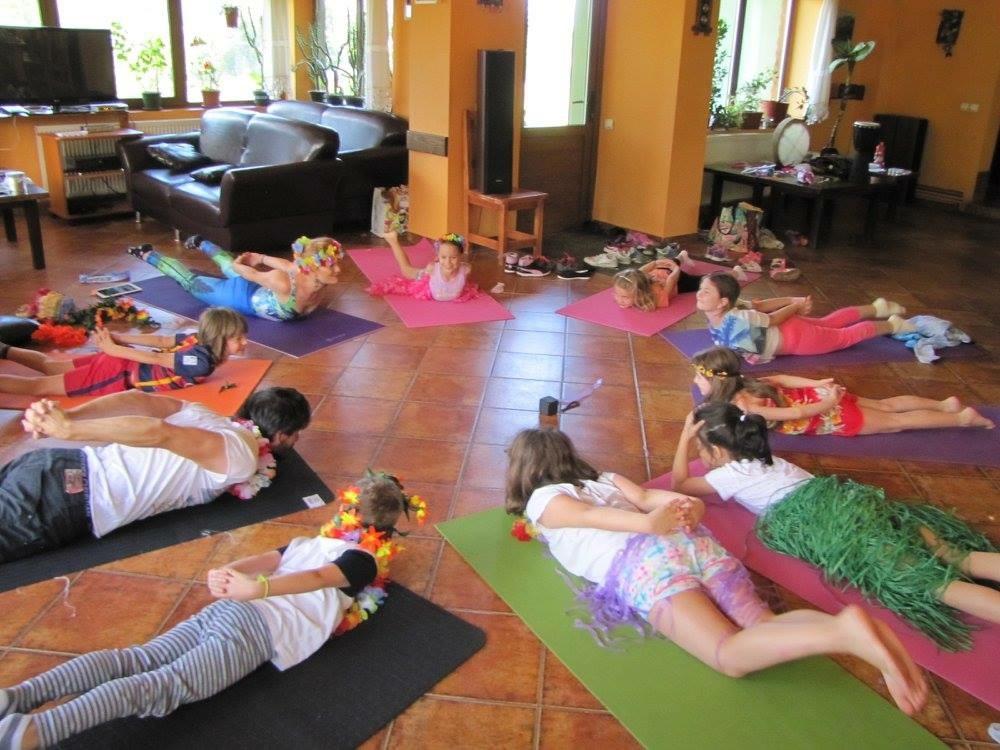 cursuri yoga mici a3faceri