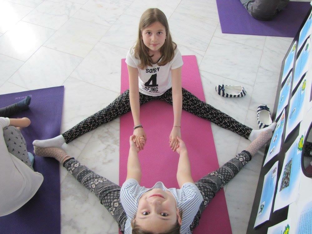 cursuri yoga mici afaceri