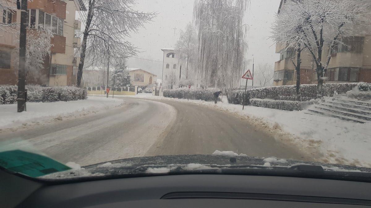 str ludos iarna zapada