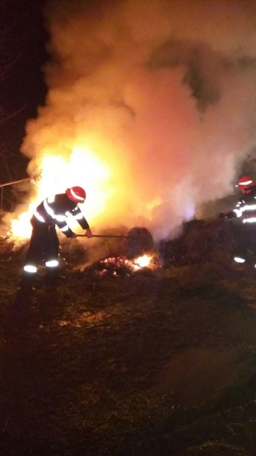 incendiu baloti (3)