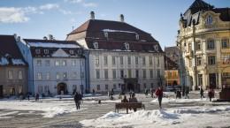 piata mare zapada iarna primavara sibiu (1)
