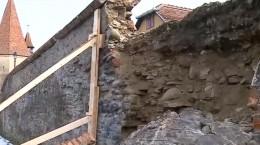 zid cazut sighisoara