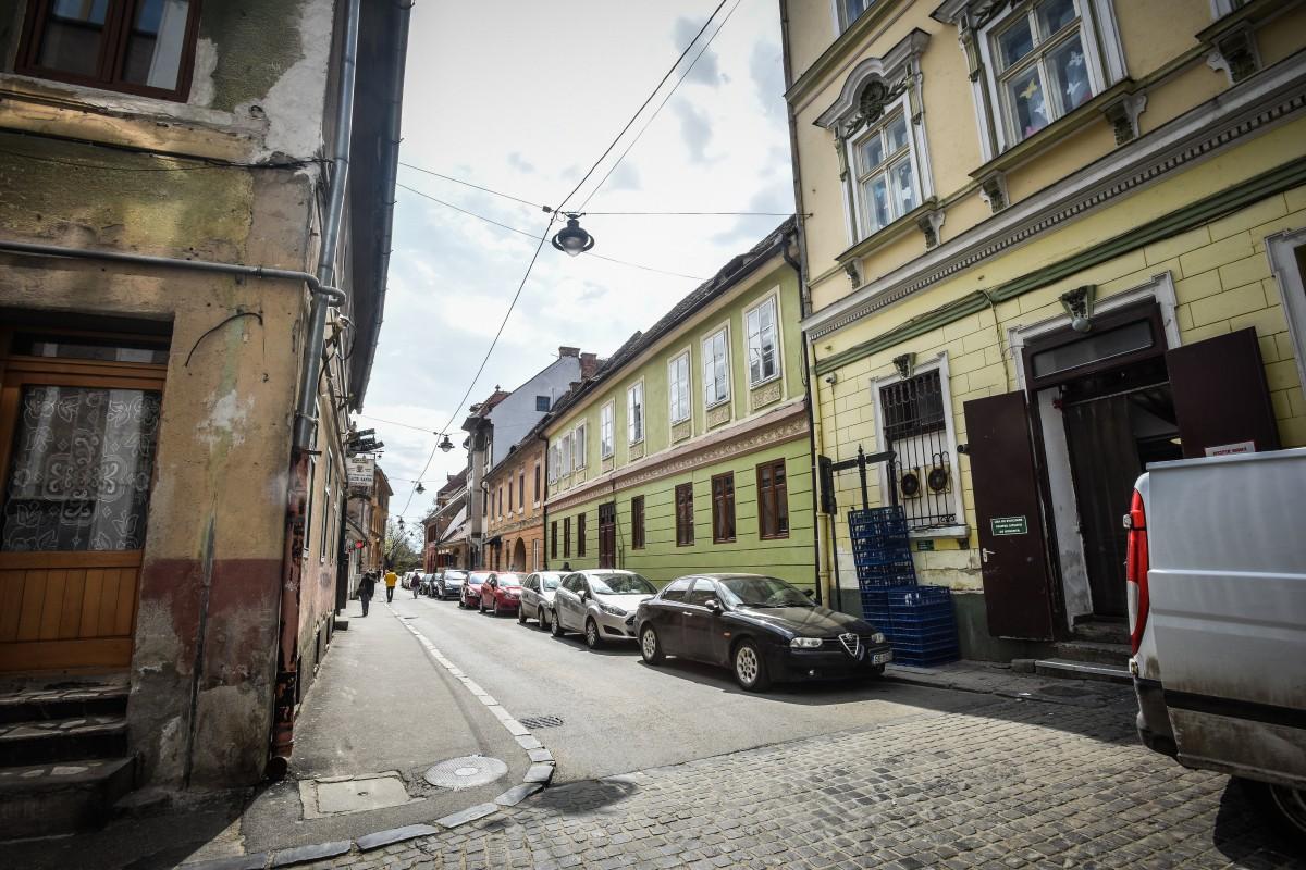 Intersecția dintre Papiu Ilarian și Timotei Popovici urmează să fie folosită ca loc de întoarcere a mașinilor