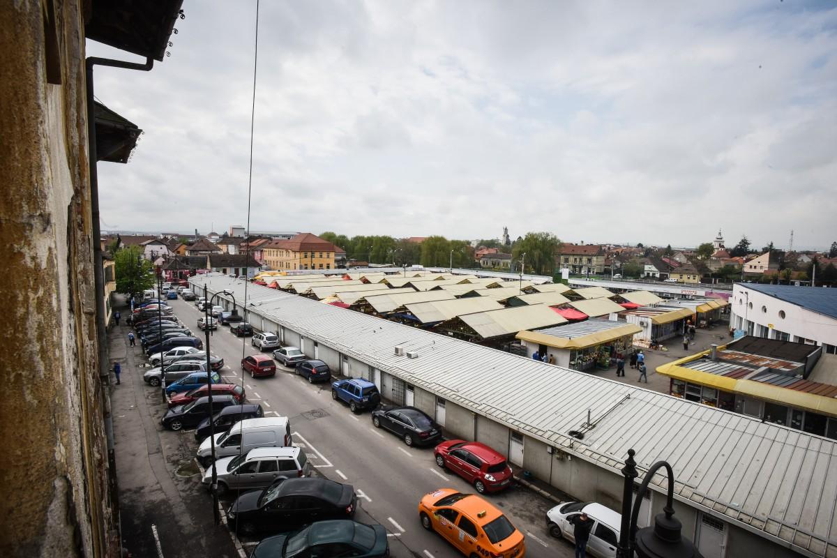 Parcările din preajma pieței Cibin ar urma monitorizate video