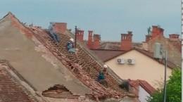 muncitori demolare casa crisanei