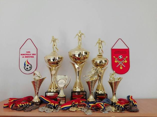 trofeele-puse-in-joc
