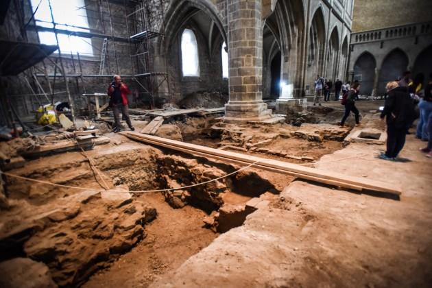biserica evanghelica descoperiri arheologice (32)