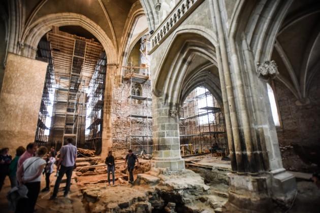 biserica evanghelica descoperiri arheologice (35)