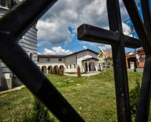 capela biserica treboniu laurian (3)