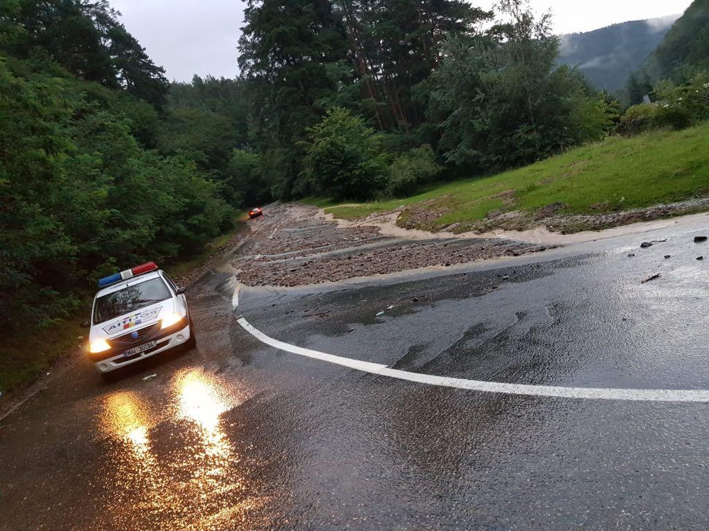 inundatii paltinis politie