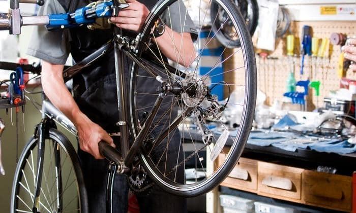micile afaceri reparatii bicicleta (2)
