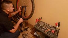 micile afaceri reparatii bicicleta (6)