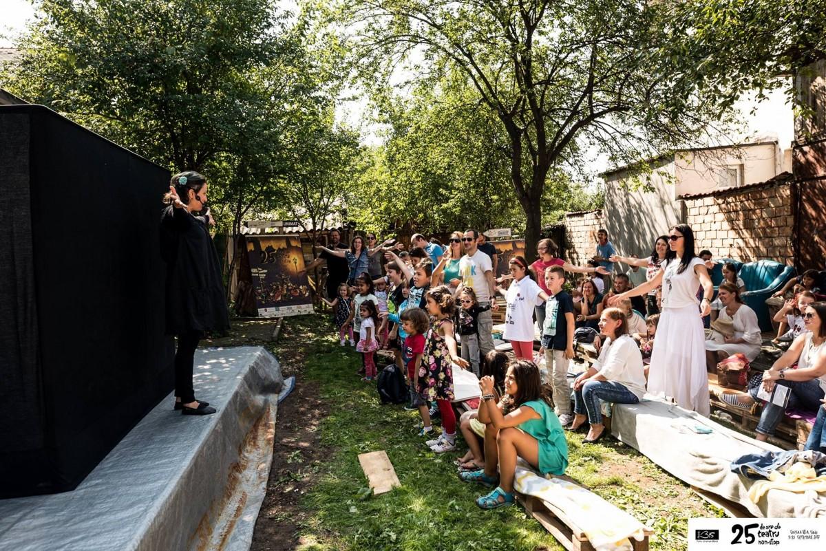 Spectacol pentru copii la Gradina BIS