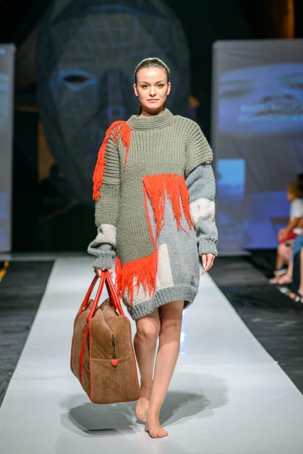 Premiul Casei de Cultura a Studentilor - design vestimentar - Raluca Baciu