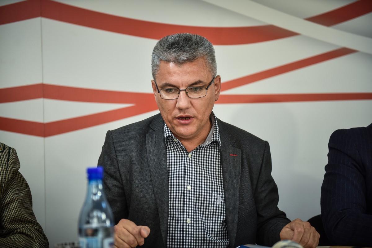 PSD Denes ministrul apelor (8)