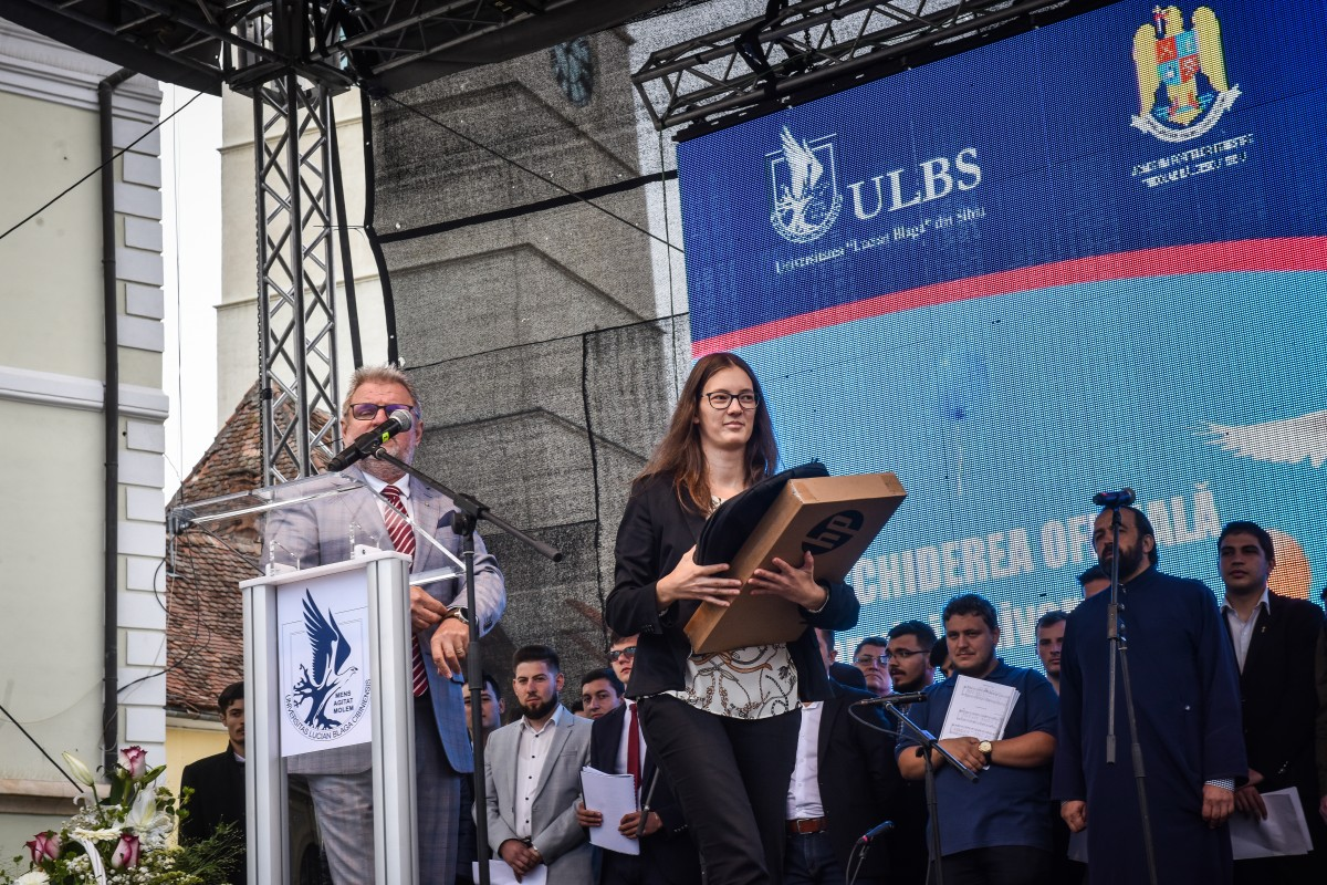 bondrea eleva 10 ULBS deschidere an universitar (18)