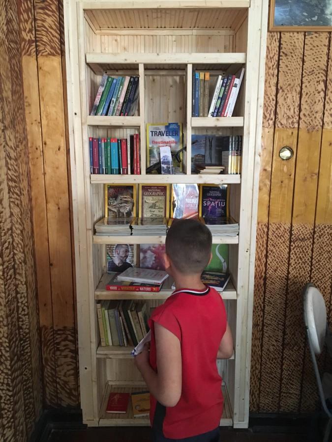 cabana negoiu biblioteca 2
