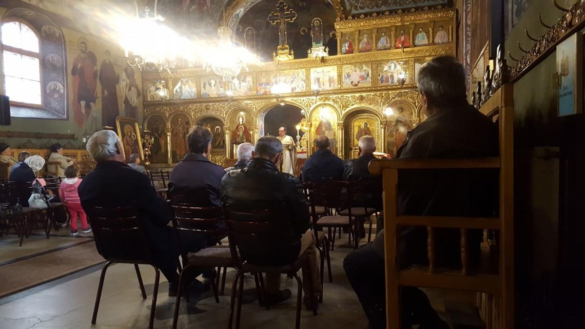 Slujbă în Biserica Sf. Luca din Terezian